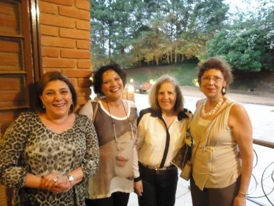 Prof. Rita de Cassia com colegas