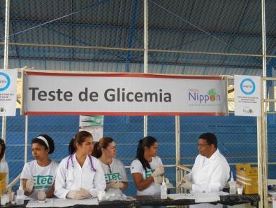 Alunos fizeram teste de glicemia