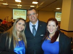 Cristiano Silva com Patricia e Cristiane do Hotel Tauá