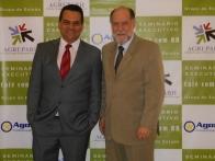 Presidente do AGRUPARH com o Secretário Lívio Giosa