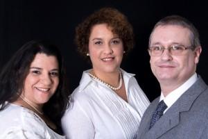Da esquerda para a direita: São Paulo – Obirici Santos – (11) 99579-4893 Atibaia – Alethea Aranda – (11) 99448-7262 Portugal – Fernando Serra – (+351) 93936-1213