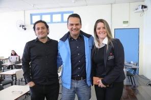 Andre com colega da Aqualimp e Raiza da empresa Fênix