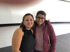 Natalia da Exata com colegaa
